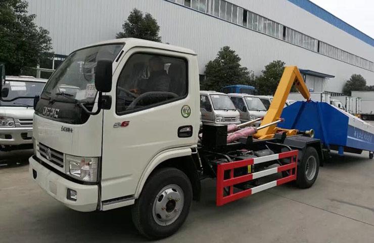 东风福瑞卡拉臂式垃圾车