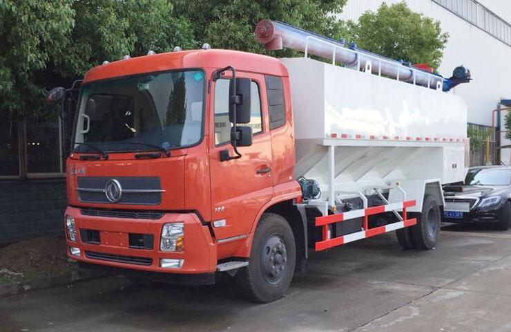 东风天锦散装饲料运输车(国四)