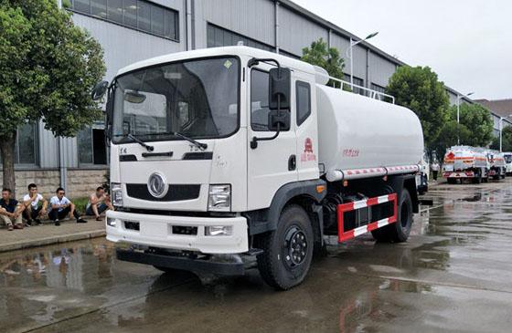 东风T3绿化喷洒车