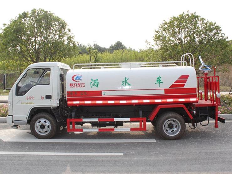 福田5吨洒水车侧面图片2.jpg