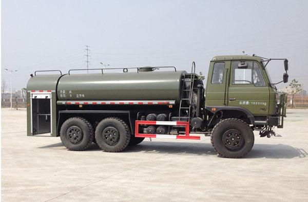东风双排六驱10吨越野军用洒水车侧面图片2.jpg