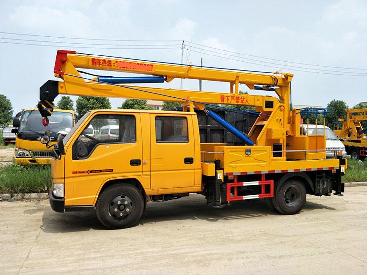 江铃双排12米高空作业车侧面图片2.jpg